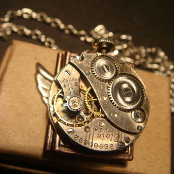 Steampunk Neo Victorian  Vintage ELGIN Watch Movement LOCKET Necklace with Wings (927)