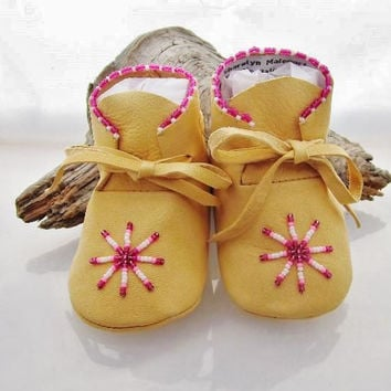 Shoes, Moccasins, Baby, Newborn, Toddler, Moccs, Mocs, Infant Soft Soled, Native American Beaded, Pink, Girls, Baby Shower Gift, Prewalker,