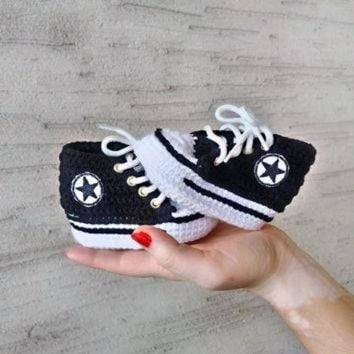 Black Baby Shoes Converse, Crochet Baby Converse, Baby Shower Gift, Baby Converse Sli