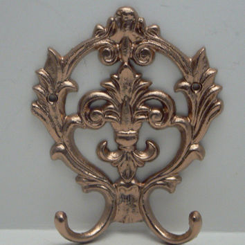 Fleur de lis Cast Iron Shimmering Rose Gold Wall Double Hook Ornate French Decor Paris Leash Jewelry Cap Bathroom Hooks