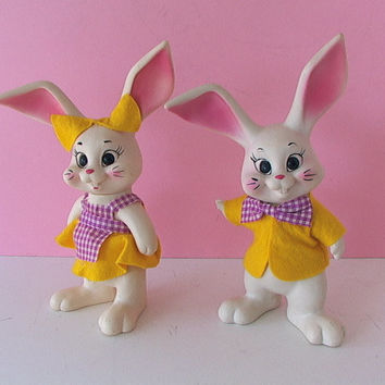 Vintage 1969 Rubber Vinyl GIRL & BOY Bunny Rabbits Pair Rox Des. of Florida BANKS