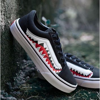 BAPE x Vans Old Skool Custom 17ss SHARK MOUTHS Low Sneakers Convas Casual Shoes XH51 OS