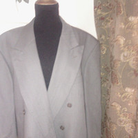 Yves Saint Laurent Men's  48 Vintage double breasted suitcoat/coat/blazer in grayish brown color. 100% pure wool. Fully lined.