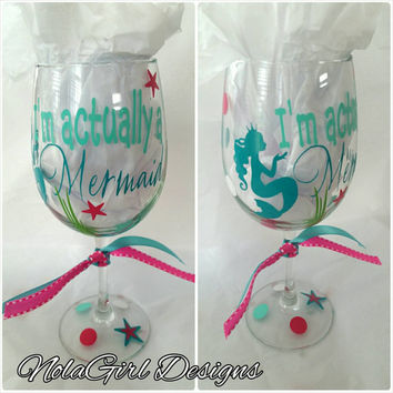 Mermaid, wine glass, vinyl, vinyl mermaid wine glass, perty favor, fun, starfish, underwater, wine glass mermaid vinyl, blue, I'm a mermaid