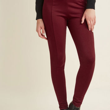 Ponte Leggings with Zippers in Burgundy