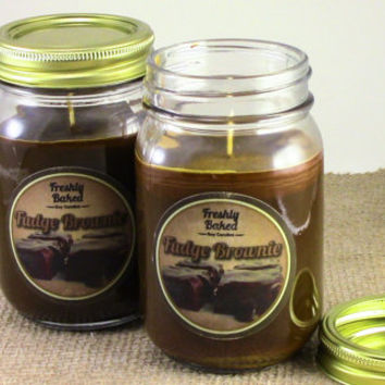 Fudge Brownie Soy Candle (Chocolate. Vegan, Brown, No Phthalates) made with Recycled Materials. Holiday & Christmas Candle, Winter Gift Idea