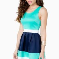 Color Mixed Pleat Dress