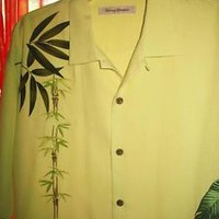 TOMMY BAHAMA HAWAIIAN SHIRT  GREEN LEAVES CAMP CASUAL!SIZE L!100% SILK !