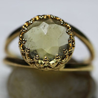 Round golden ring with smokey quartz, Smokey quartz gemstone ring, Round stone ring