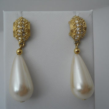 Richelieu Earrings Gold Tone Crystal Drop Faux Pearl Vintage C1960s Teardrop