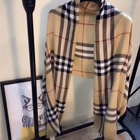 BURBERRY  Comfortable and fashionable scarf L-XLL-WJ
