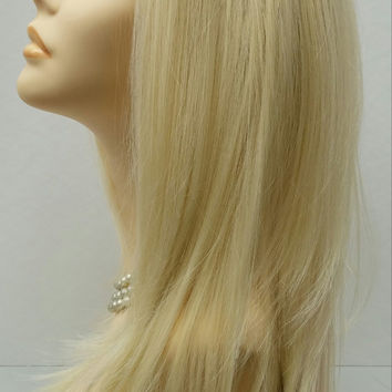 Long 21 inch Straight Blonde Lace Front Wig with Premium Heat Resistant Fiber. (#BBLI)