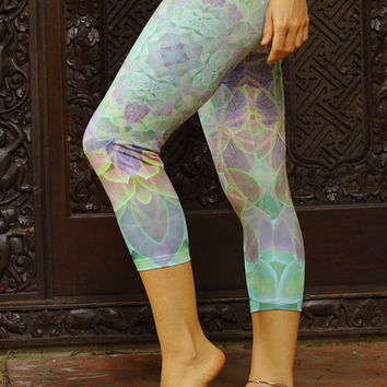Succulence Leggings // Capri // 3/4 leggings / soft pastel mandala flower of life sacred geometry print 3/4 leggings capri tights