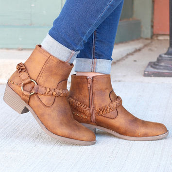 Glorious Braided Strap + Ring Bootie {Tan}