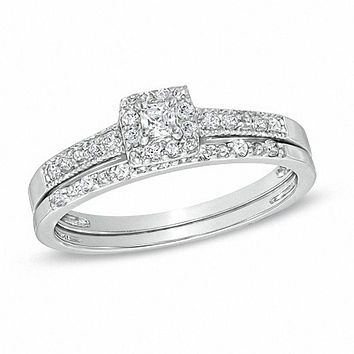 1/4 CT. Princess-Cut Diamond Halo Bridal Engagement Ring Set in Sterling Silver