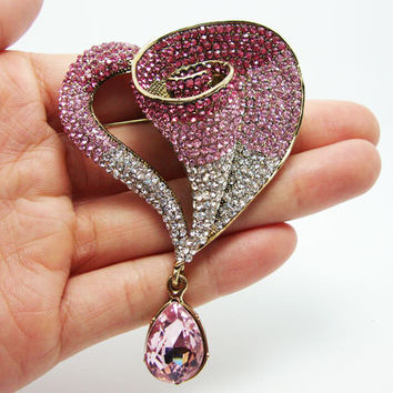Fashionable Romantic Pink Crystal Rhinestone Love Lily Heart Brooch Pin Pendant