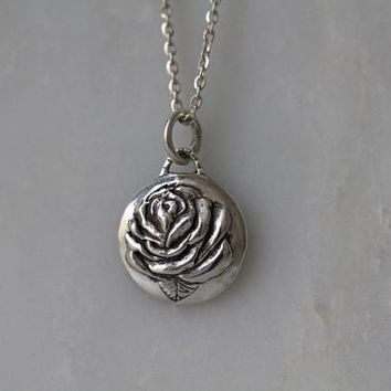 Skull and Roses Necklace / Rose Memento Mori Secret pendant in sterling silver / Two sided reversible pendant / Rose jewelry / Rose Pendant