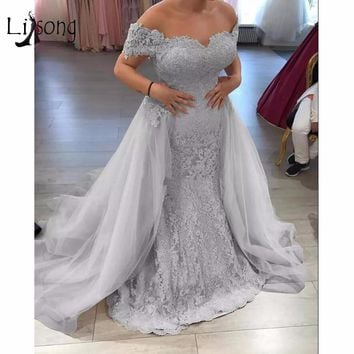 Modest Silver Lace Evening Dresses 2018 With Detachable Train Appliques Long Mermaid Evening Gowns Plus Size Abendkleider