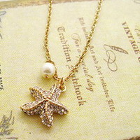 Starfish Crystal Pearl Necklace
