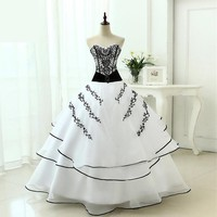 Womens Wedding Dresses Classical A line White Black Ball Gown