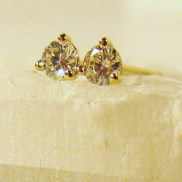 SALE Vintage Diamond Stud Earrings 14kt gold by colorsoulartistry