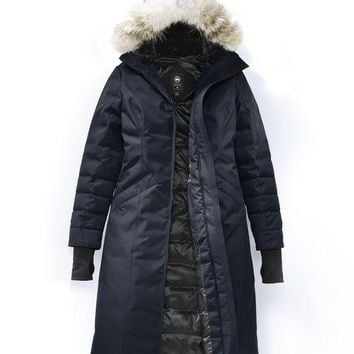 Canada goose Winter fashion to keep warm WOMEN long down jacket/Dark blue