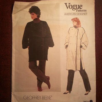 Uncut 1970's Vogue American Designer Sewing Pattern, 2873! 12-14 Medium/Women's/Misses/Designer Geoffrey Beene/Couture Coats/Double Breaste