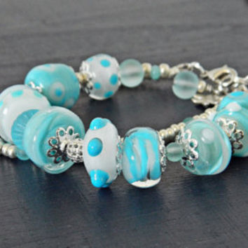 Blue Lampwork Bracelet, Blue and White Glass bead bracelet, Seaside jewelry, Nautical Summer bracelet, Beach bracelet, Gift for Sea lovers