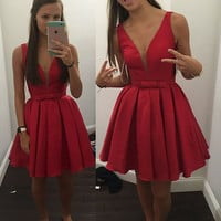 Homecoming Dress, V-neck Sleeveless Bowknot Straps Red Short Prom Dresses
