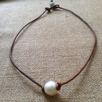 Leather and Single Pearl Knotted Necklace