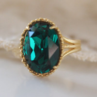 Emerald Crystal Ring, Cushion Cut Oval, Adjustable Ring, Swarovski Crystal, Bling Ring, Crystal Cocktail Ring, Petite, Emerald Ring