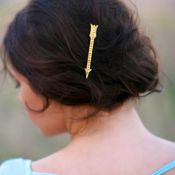 Gorgeous Gold Ornate Arrow Bobby Pin Brass Fancy Arrow Woodland Hair Vintage Feel