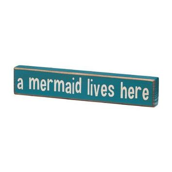 A Mermaid Lives Here   Vintage Coastal Mini Wood Sign   8 In