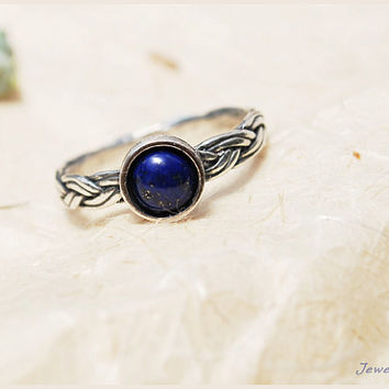 lapis lazuli ring. CHRISTMAS GIFT. braided ring. silver ring. blue gemstone ring. everyday braided ring. thin silver ring