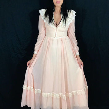Vintage 70s Light Peach Victorian Gunne Sax Romantic Renaissance Bridal Collection High Collar Ruffle Folk Prairie Dress S // XS