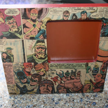 "1980 Justice League of America ""Reprise"" comic book desk/table frame"