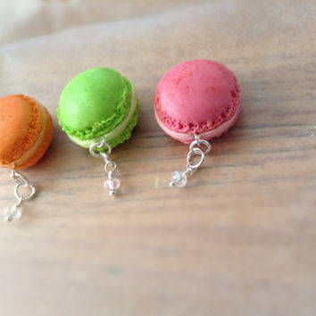 French macaroon charms set  , friendship charms , mini bake goods charms , hand sculpted polymer clay sweets