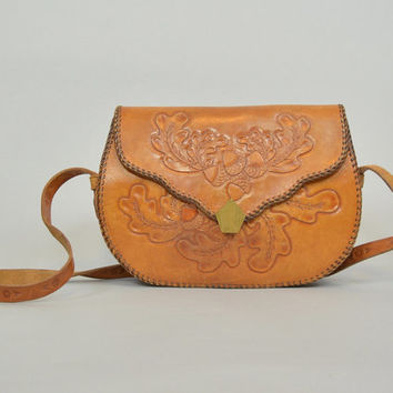 vintage 70s bohemian hippie ACORN + OAK LEAF hand tooled leather shoulder bag