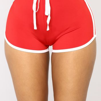 Triple Threat Active Shorts - Red