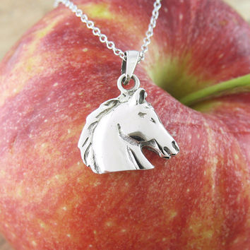 Classic Horse Head Necklace in Sterling Silver