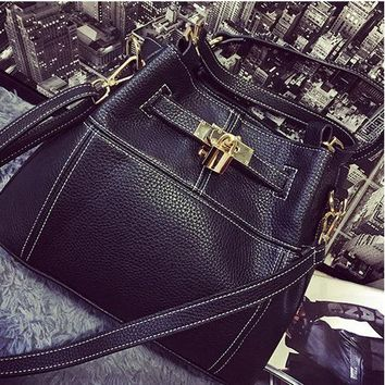 Family Friends party Board game COSSLOO Charm in hands Elegant Alligator Patent Leather Women Handbag Big Women's Shoulder Bags Cross Lock Design Lady Tote AT_41_3