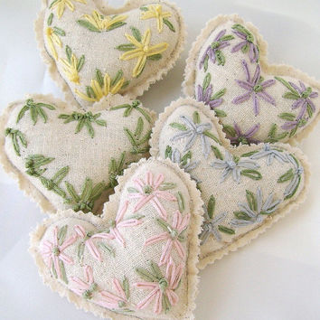 Hand embroidered hearts,  Mini stuffed fabric hearts, Stuffed heart bowl fillers, Muslin heart ornaments, Home decor, Pastels