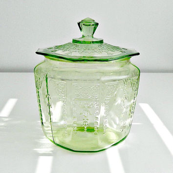 Vintage Anchor Hocking Green Depression Glass Princess Cookie Jar, Biscuit Jar, Canister, 1930s