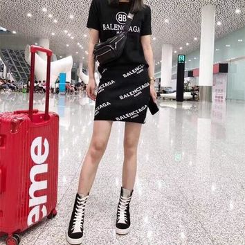 Balenciaga Women  Fashion Casual Edgy Pattern Print Letter  Short Sleeve   Two-Piece Suit Clothes