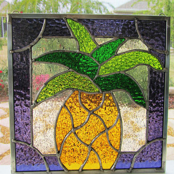Pineapple Stained Glass Sun Catcher ~ Sign of Welcome ~ Garden Ornament ~ Pineapple Suncatcher