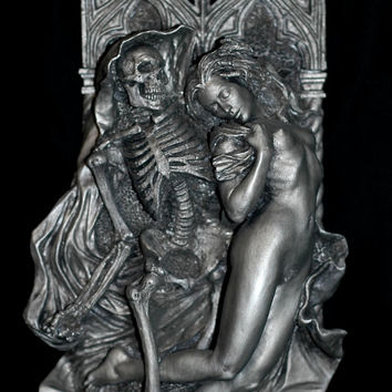 Death and the Maiden Wall Plaque, Pewter Finish