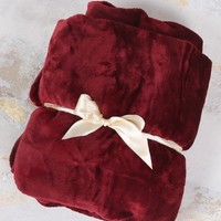 Altar'd State Raspberry Wine Throw Blanket | Altar'd State