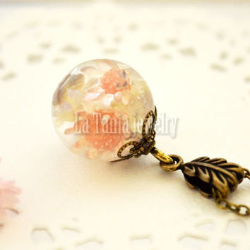 Pink Flower Globe Necklace – Flower Resin Orb , Real Flower Resin Pendant Botanical Orb, Eco Friendly Jewelry