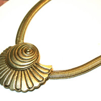 Nautilus Necklace Flexible Cable Choker Brass Tone Shell Pendant