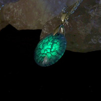 Amulet of the Dragon Keeper - Magical Purple Dragons Vein Agate That Glows From Within - Neon Green Glow in the Dark Effects